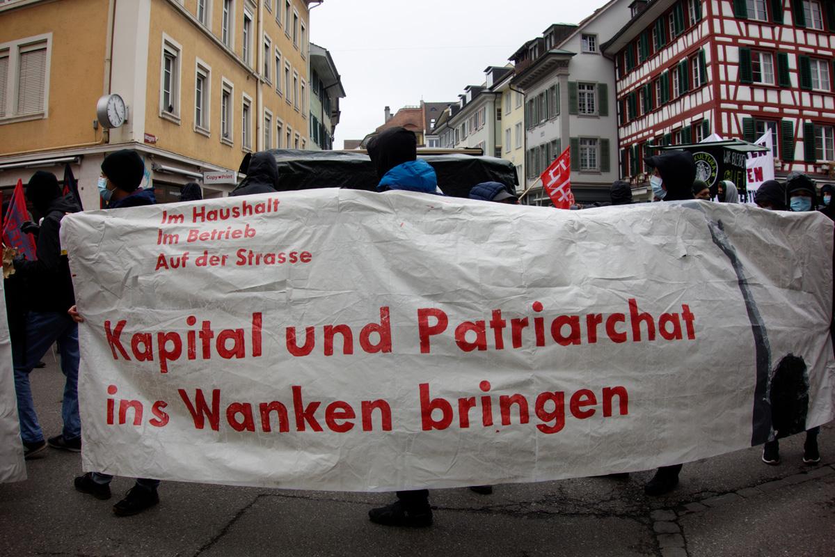 Kapital und Patriarchat ins Wanken bringen